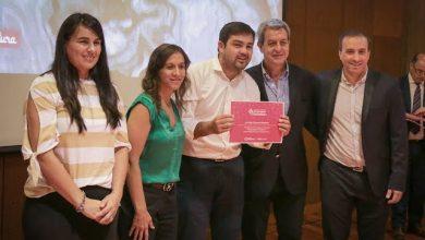 Photo of Entregaron beneficios a nuevos emprendedores turísticos