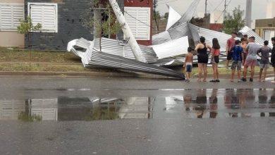 Photo of Villa Mercedes San Luis: Tremendo temporal voló 40 techos, tiró 143 árboles y 81 postes de luz