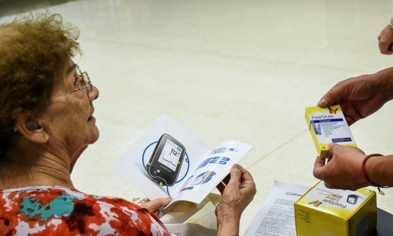 Photo of Entregaron dispositivos de medición de glucosa para afiliados de OSP