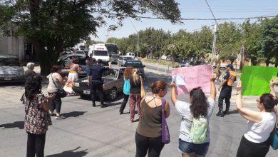 Photo of Caucete: vecinos se manifiestan por falta de agua