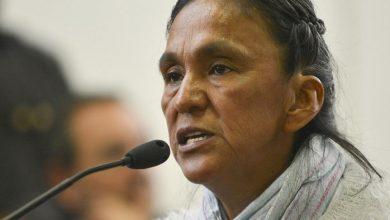 Photo of Milagro Sala: «Como lo quieran llamar, detenciones arbitrarias o presos políticos, pero que resuelvan nuestra situación»