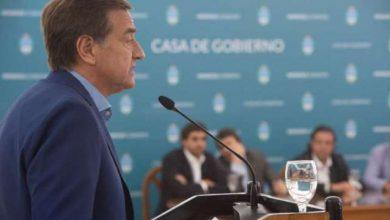 Photo of Mendoza congeló los sueldos de funcionarios y los aumentos de tarifas