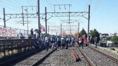 Photo of Esta vez la gente se reveló: Pasajeros atacaron a manifestantes que cortaban el tren Roca