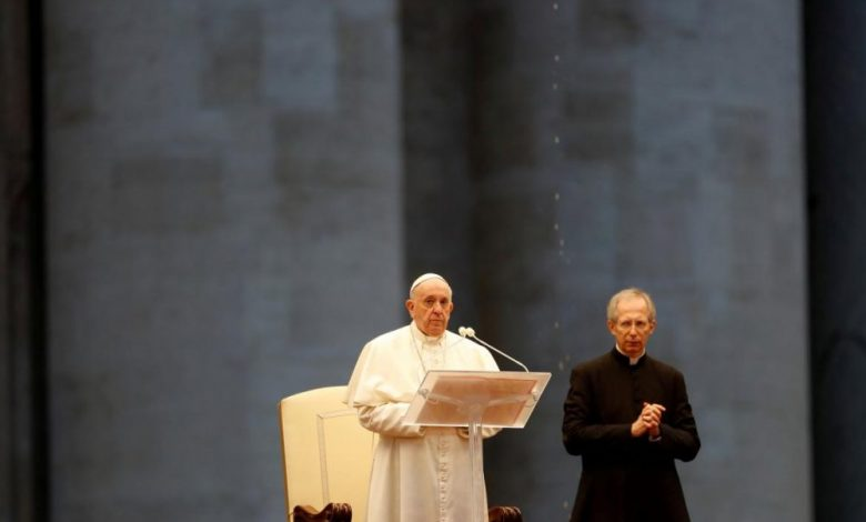 Photo of El mensaje y rezo del Papa Francisco ante coronavirus: «No somos autosuficientes, solos nos hundimos»