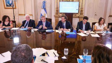 Photo of El Gobierno discute si incluye a Estados Unidos en la lista de países para la cuarentena