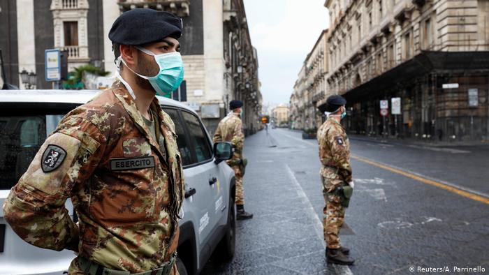Photo of Coronavirus, minuto a minuto: casi 800 muertes en Italia en un día, un nuevo récord