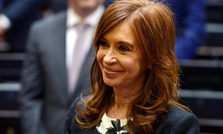 Photo of Sobreseyeron a Cristina Fernández en una causa de subsidios