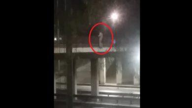 Photo of Joven amenaza con quitarse la vida desde un puente