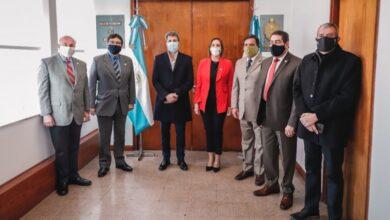 Photo of Uñac visitó a la cúpula del Poder Judicial de San Juan