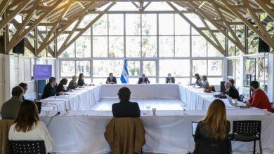 Photo of El Presidente recibió en Olivos al comité de expertos y analizaron los pasos a seguir