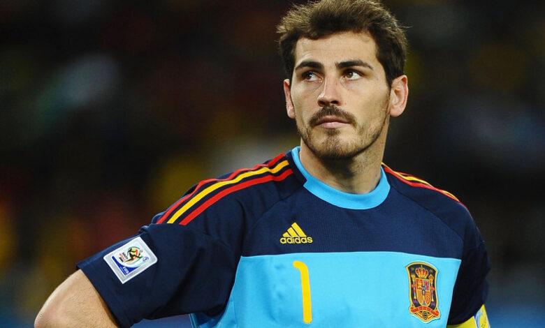 Photo of Iker Casillas colgó los guantes