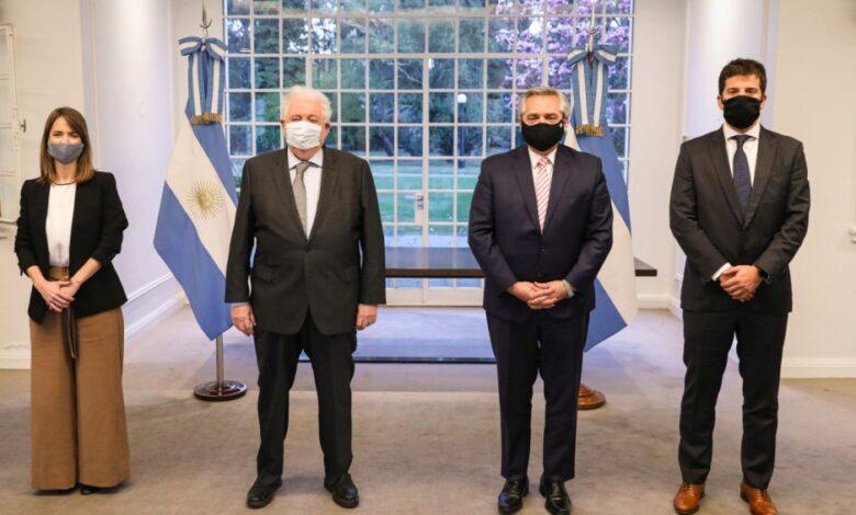 Photo of Argentina producirá la vacuna contra el Covid y estará disponible en el primer semestre de 2021