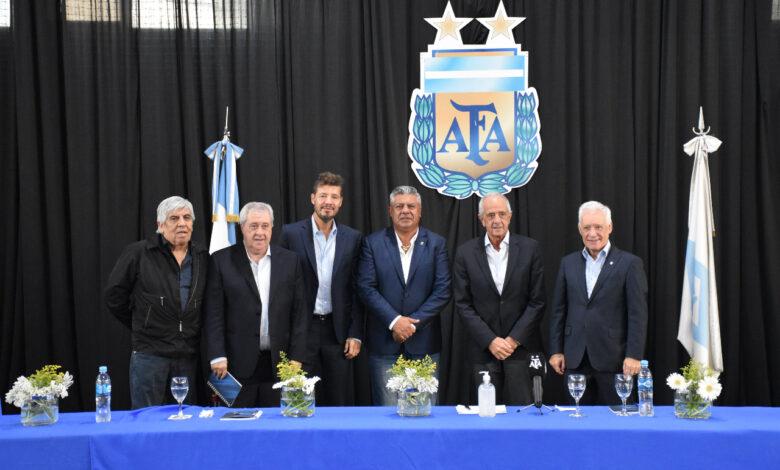 Photo of Liga Profesionales de Fútbol: En Septiembre volvería la competencia