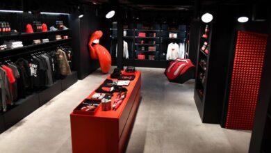 Photo of Los Rolling Stones abren su primer local de ropa oficial en Londres