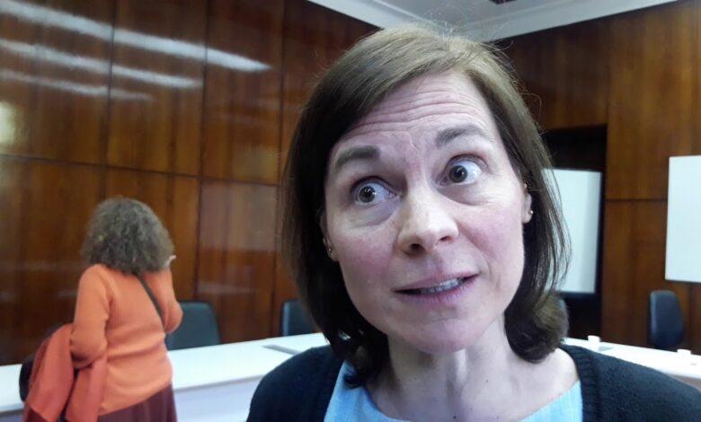 Photo of Entrevista exclusiva: Fuertes declaraciones de la Bioquímica y Dra. en Inmunología Roxana Bruno sobre la cuarentena y la vacuna de Oxford