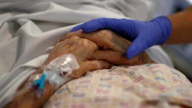 Photo of Se reportan 53 nuevos casos este domingo por un brote en un geriátrico