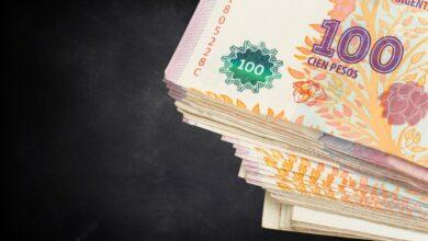 Photo of Se oficializó el aumento del salario mínimo, vital y móvil: ¿de cuánto es tras la suba?