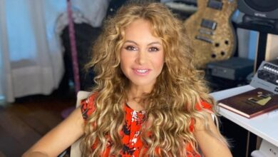 Photo of Tras rumores de bancarrota, Paulina Rubio cobrará por saludos