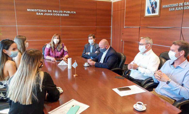 Photo of Alumnos de medicina podrán realizar las prácticas presenciales