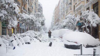 Photo of Madrid paralizada por gran nevada que siembra caos en España